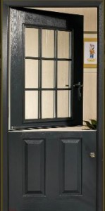 Fortrezz Stable Door